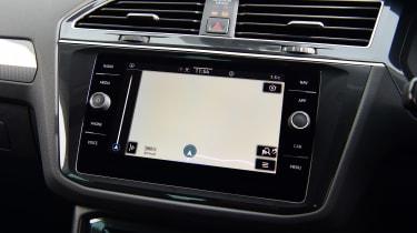 Volkswagen Tiguan SUV navigation