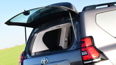 Toyota Land Cruiser Utility rear window