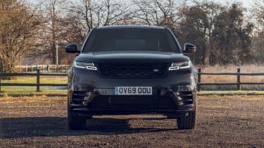 Range Rover Velar R-Dynamic Black front end