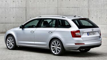 Skoda Octavia estate 2013 rear quarter news