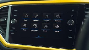 Volkswagen T-Roc Cabriolet menu screen