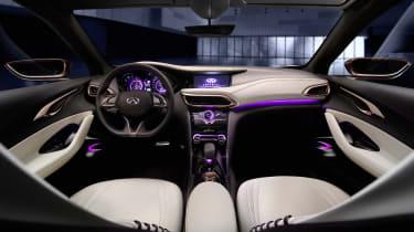 Ininiti Q30 concept 2013 interior