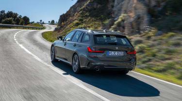 2019 BMW 3 Series Touring - 3/4 dynamic rear