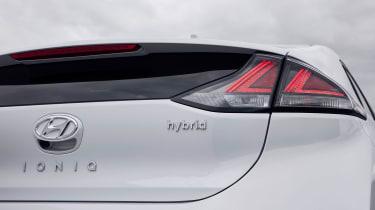 Hyundai Ioniq Hybrid rear badge