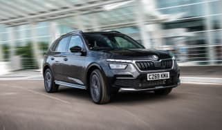 Skoda Kamiq 2019 - front three quarter dynamic