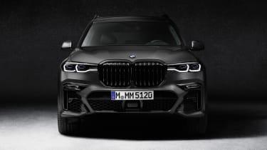 BMW X7 Dark Shadow Edition front end