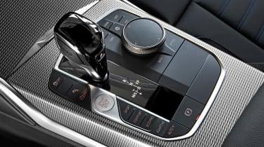 BMW 3 Series 2019 interior gearbox