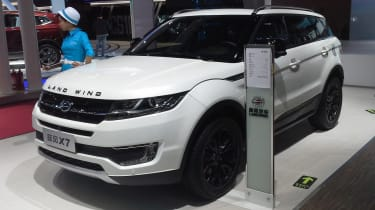 ...and here's its Landwind X7 double (Photo credit to Navigator84 via Wikipedia commons)
