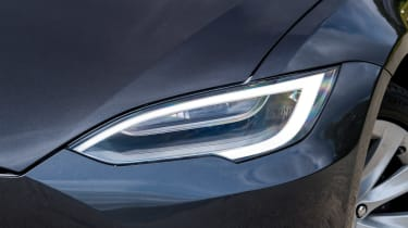 Tesla Model S saloon headlights