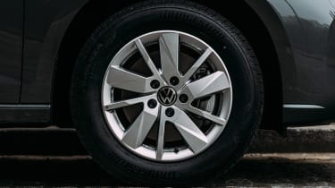 Volkswagen Caddy MPV alloy wheel