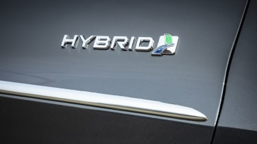 Ford Mondeo Estate Hybrid badge