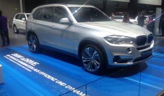 BMW X5 eDrive front quarter static