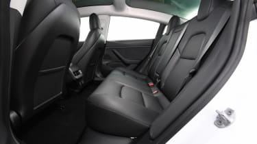 2019 Tesla Model 3 - interior rear seating