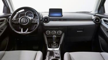 Toyota Yaris US-spec interior