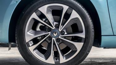 New Renault ZOE - alloy wheel close up