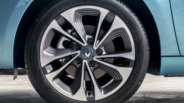 New Renault ZOE - alloy wheel close up