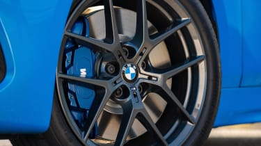 BMW 118i M Sport - wheel and brake caliper