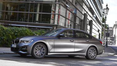 2021 BMW 320e