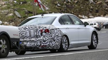 2019 Volkswagen Passat spy shot rear