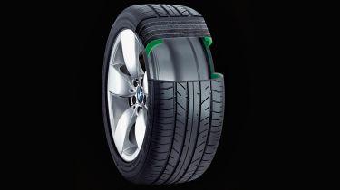 Tyre cutout