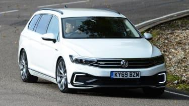 Volkswagen Passat GTE Estate cornering