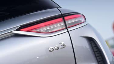 DS 3 Crossback E-Tense SUV boot badge