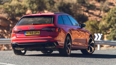 Audi RS4 Avant estate rear cornering