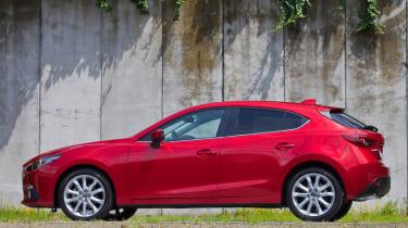 Mazda3 2013 side profile