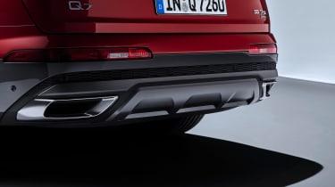 Audi Q7 SUV facelift rear bumper
