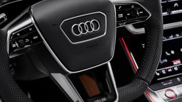 Audi RS6 Avant steering wheel