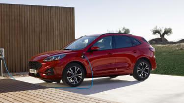 2019 Ford Kuga - charging