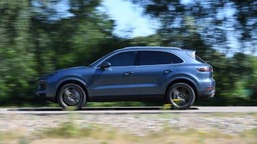 Porsche Cayenne S side tracking shot
