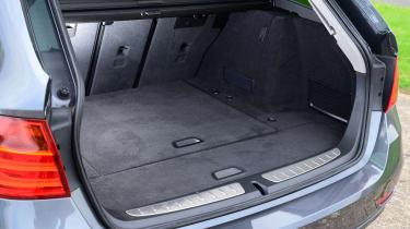 BMW 3 Series Touring xDrive - boot