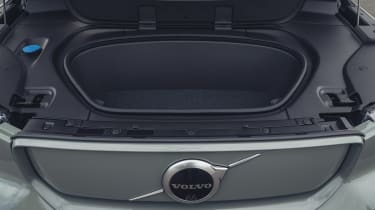 Volvo XC40 Recharge P8 SUV trunk
