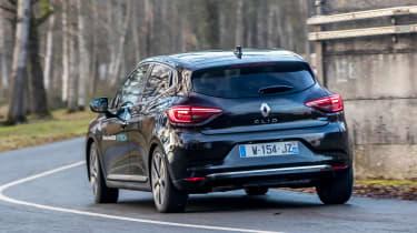 Renault Clio E-Tech Hybrid rear cornering