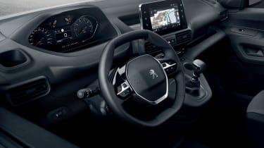 2018 Peugeot Partner van interior