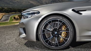 BMW M5 Competition - front wheel close-up