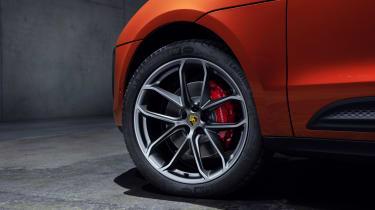 2021 Porsche Macan S - wheel detail