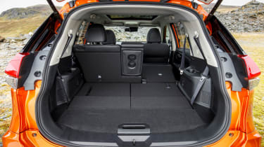 Nissan X-Trail - boot