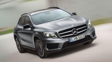 Mercedes GLA 2014 front cornering