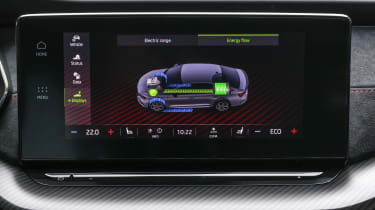 2020 Skoda Octavia vRS iV estate - infotainment screen charging details