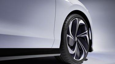 Volkswagen ID. Space Vizzion concept alloy wheel