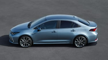 2019 Toyota Corolla Saloon side
