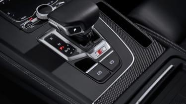 2019 Audi SQ5 TDI - gear lever