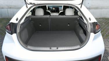 Hyundai Ioniq Hybrid boot