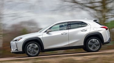 Lexus UX side profile tracking