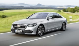 2020 Mercedes S-Class - front 3/4 dynamic