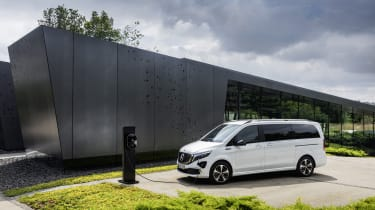 Mercedes EQV - static charging front view