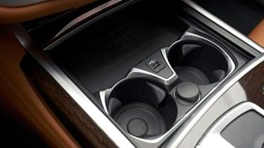 BMW 7 Series saloon cup holders