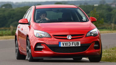 Vauxhall Astra 2013 front cornering